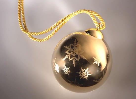 Versace-Christmas-2010-5.jpg