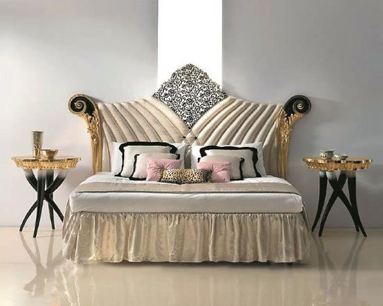 Versace-Home-and-Italian-furniture-2.jpg