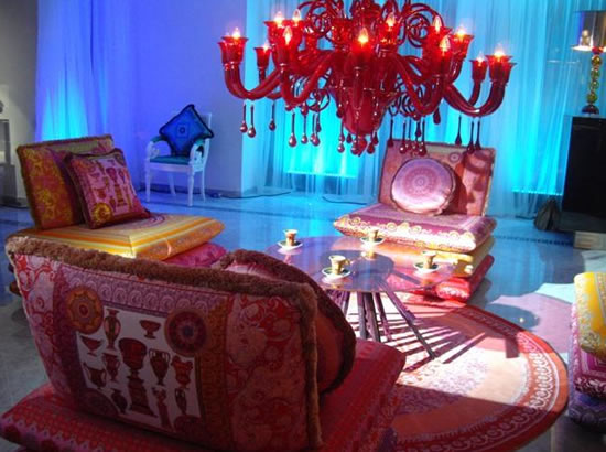 Versace-Home-and-Italian-furniture-8.jpg