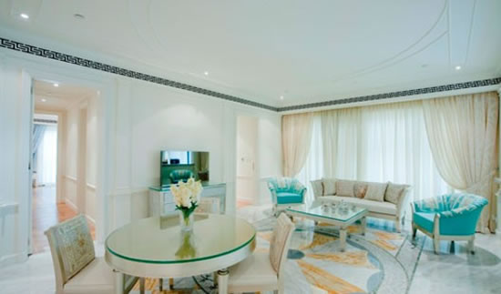 Versace-Palazzo-Dubai-3.jpg