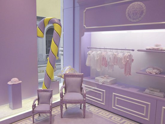 Versace's-First-Kids'-Store-2.jpg