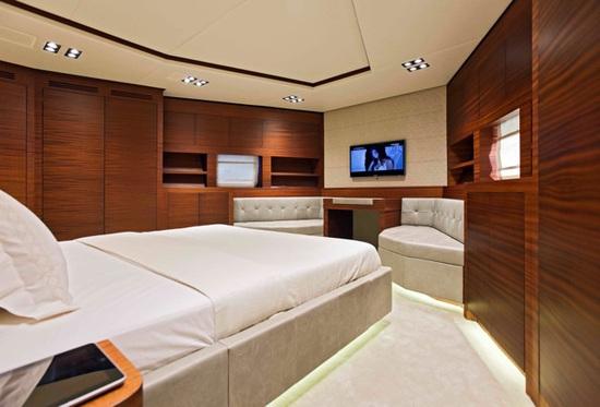 Vicem_107_Cruiser_VIP.jpg