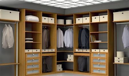 Walking_Closet3.jpg