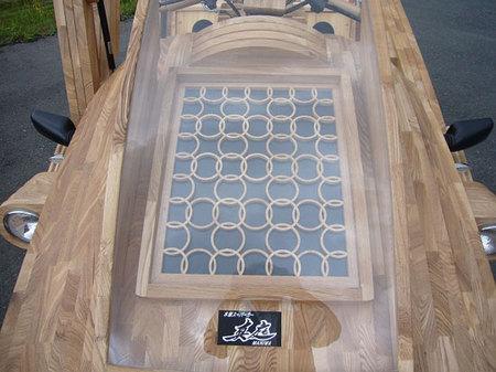World's_first_wooden_car4.jpg