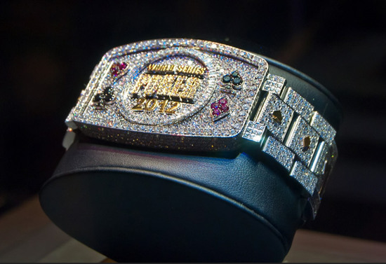 World-Series-of-Poker-bracelet-2012-3.jpg