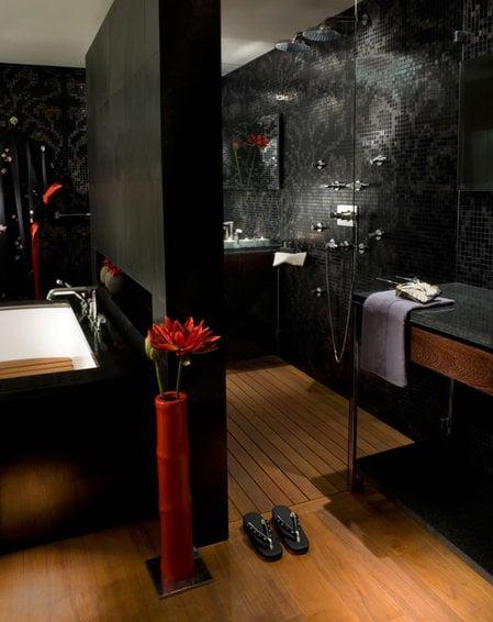 Yoko_Suite_bathroom_fittings3.jpg