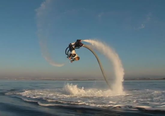 Zapata-Flyboard4.jpg