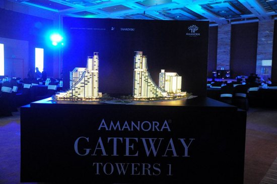 amanora-gateway-towers.jpg