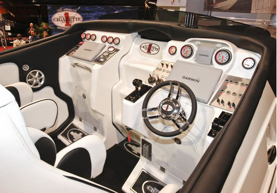 amg-46-rider8.jpg
