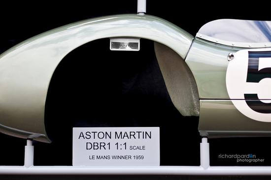 aston-martin-4.jpg