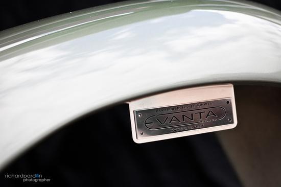 aston-martin-5.jpg