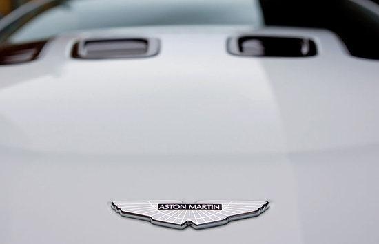 aston-martin-roadster-10.jpg