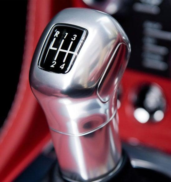 aston-martin-roadster-11.jpg