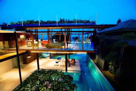 Guz Architects Build Luxurious Beach House With A Green