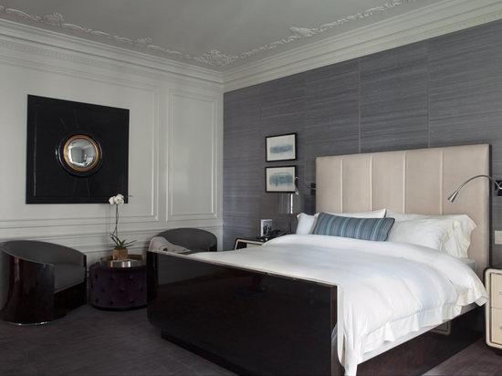 bentley-hotel-suite-5.jpg