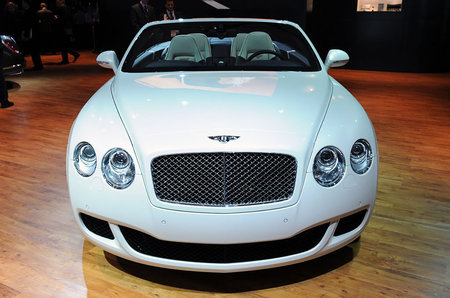 bentley_51_continental_GTC_2.jpg