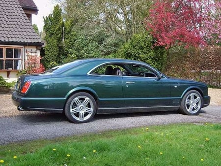 bentley_brooklands_3.jpg