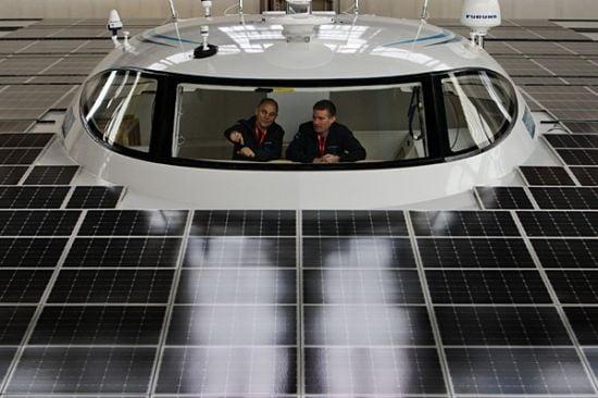 bigges-solar-powered-boat-3.jpg