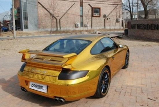 bling-porsche-911-gold-china_1.jpg