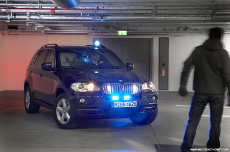 bmw_x5_security_plus_2.jpg