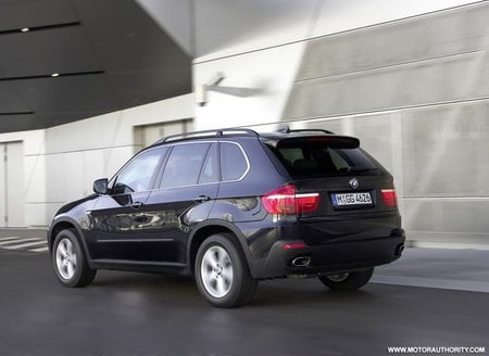 bmw_x5_security_plus_3.jpg