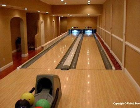 bowling_alleys_2.jpg