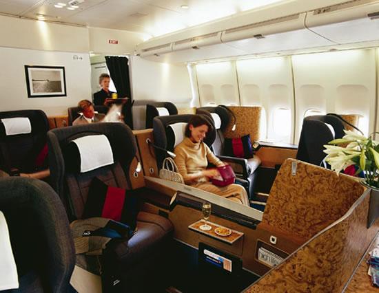 british_airways_lavish_airport_lounges.jpg