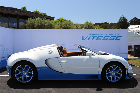 bugatti unveils special edition bianco and light blue veyron 16 4 grand sport. Black Bedroom Furniture Sets. Home Design Ideas