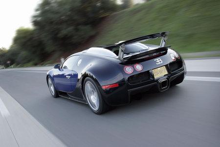 bugatti_veyron_16.4_3.jpg