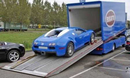 bugatti_veyron_with_mercedes_atego2.jpg