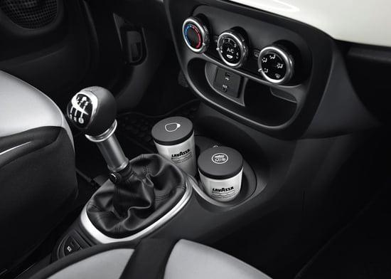 car-coffee-maker-4.jpg