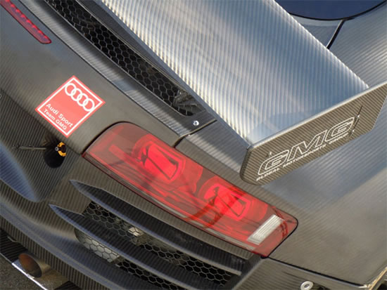 carbon-fiber-audi-r8-4.jpg