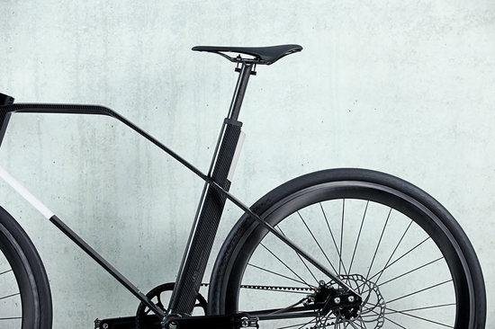 carbon-fiber-bike-13.jpg