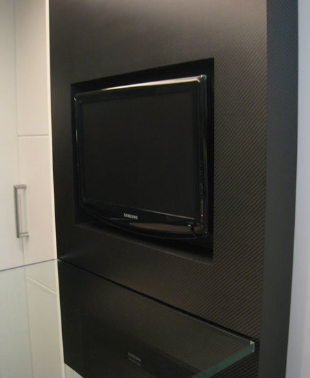 carbon-fiber-tv-support2.jpg