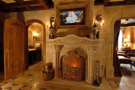 cinderella-castle-suite-5.jpg