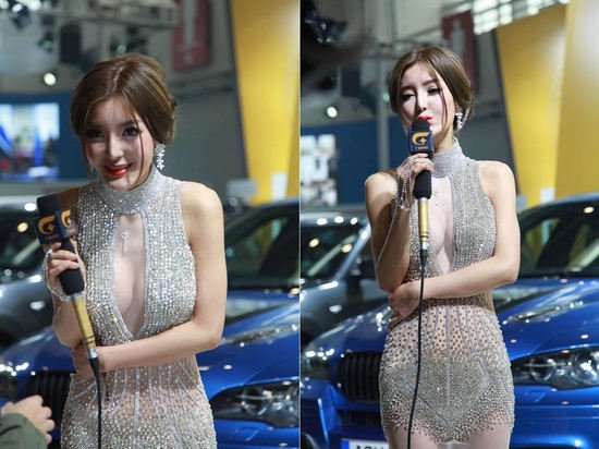 crystal_studded_gown_Beijing_auto_show_1.jpg