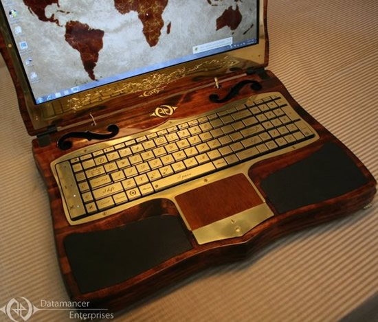 datamancer-victorian-laptop-7.jpg
