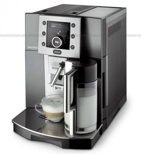 de-longhi_coffee-maker_2.jpg