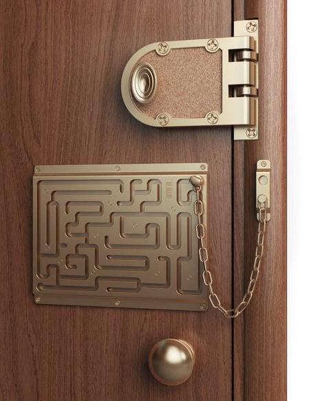 door_chain_2.jpg