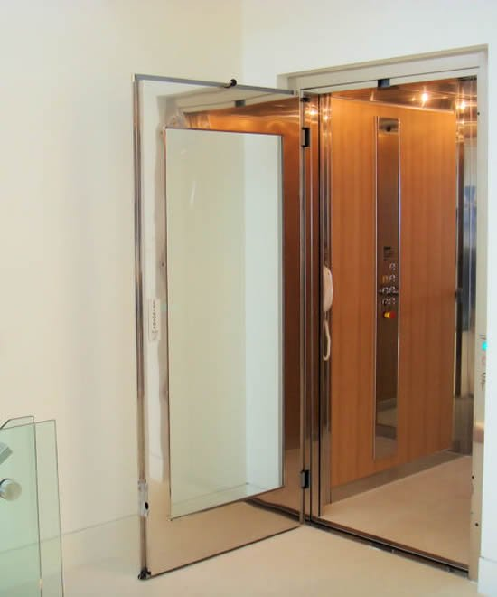 elevator-boutique-5.JPG