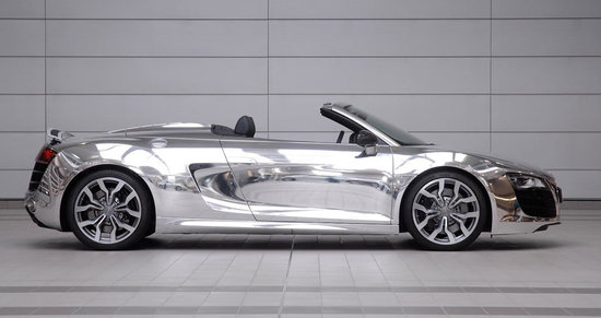elton-john-with-chrome-audi-r8-spyder_5.jpg