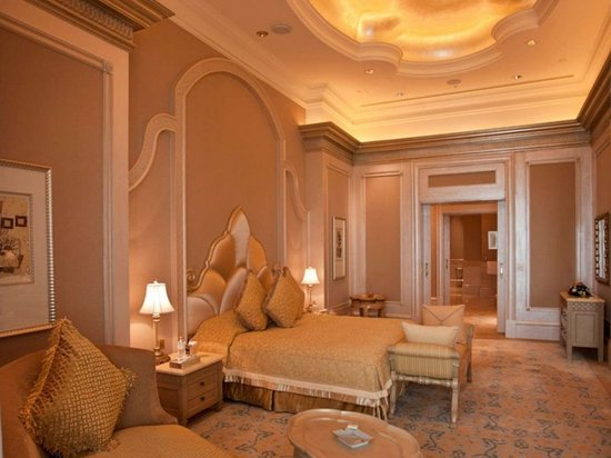 emirates-palace-suite-2.jpg
