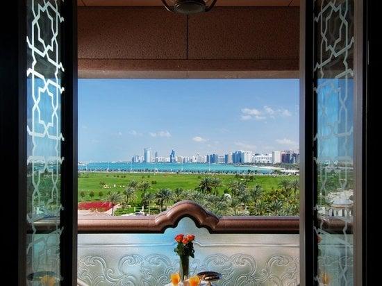 emirates-palace-suite-4.jpg