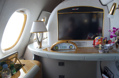 emirates_a380_11.jpg