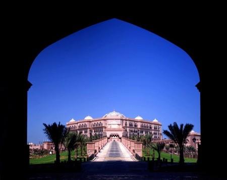 emirates_palace_2.jpg