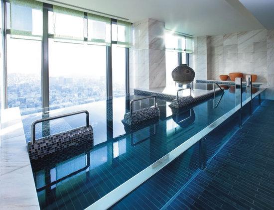 expensive-hotel-package-4.jpg