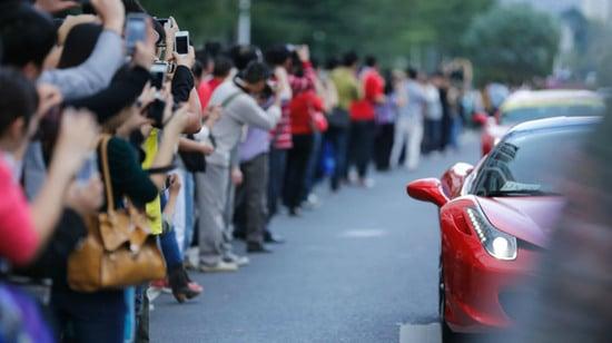ferrari-guangzhou-auto-show-2.jpg
