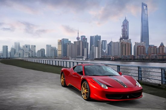 ferraris-20th-anniversary-special-edition-for-China.jpg