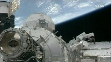 final_spacewalk_2.jpg