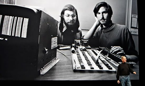Apple 1 earns $210,700 under the hammer